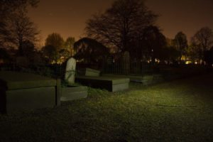 evening ghost tour, one of the fun things to do in charleston sc at night