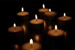 candles burning during romantic weekend getaways in charleston sc