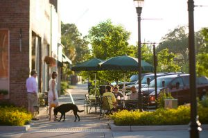 outdoor dining on east montague avenue in park circle of north charleston, sc